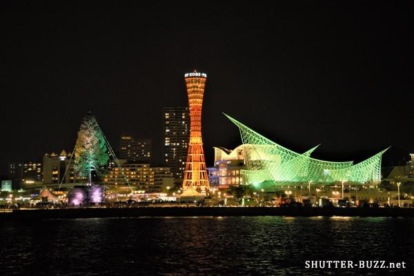 世界一のクリスマスツリーと神戸の夜景