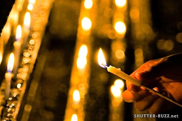 下鴨神社・御手洗祭、揺らめくろうそくの火